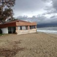 11 mars 2013 – Paillote, plage du Ricantu en Aiacciu, reconstruite sans autorisation il y a deux ans, sur terrain communal et sur le DPM. Non démontée en hiver : […]
