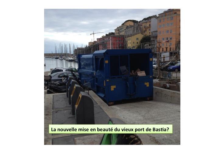 container bleu à Bastia