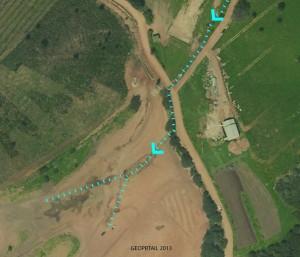 Cette construction (=ferme agricole) apparait sur les photographies Geoportail 2013